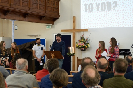 2016-youth-christmas-service-11-46